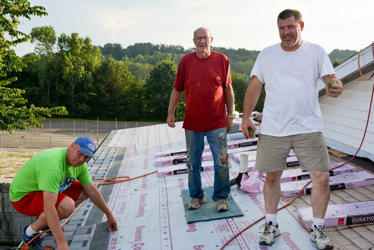 Scott & Mel Switzer lead the roofing team